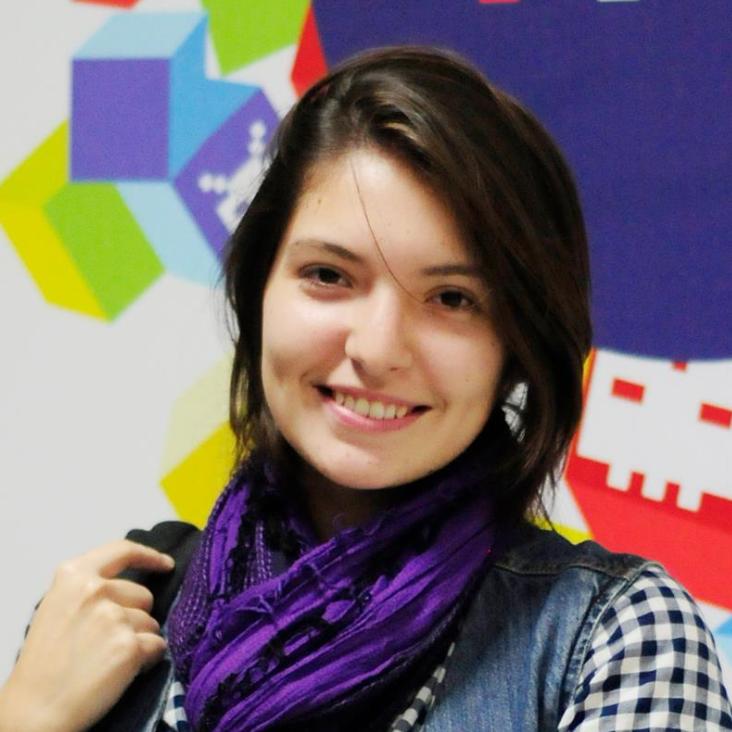Isabel Pantoja Nuage-marketing